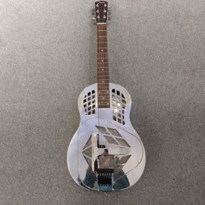 Guitare resonator Johnson